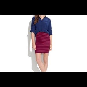 NWT Madewell red & navy skirt Stretch material